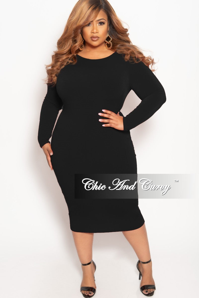 b2d63906b4504 Final Sale Plus Size Long Sleeve BodyCon Dress with V-Neck Back in Bla –  Chic And Curvy