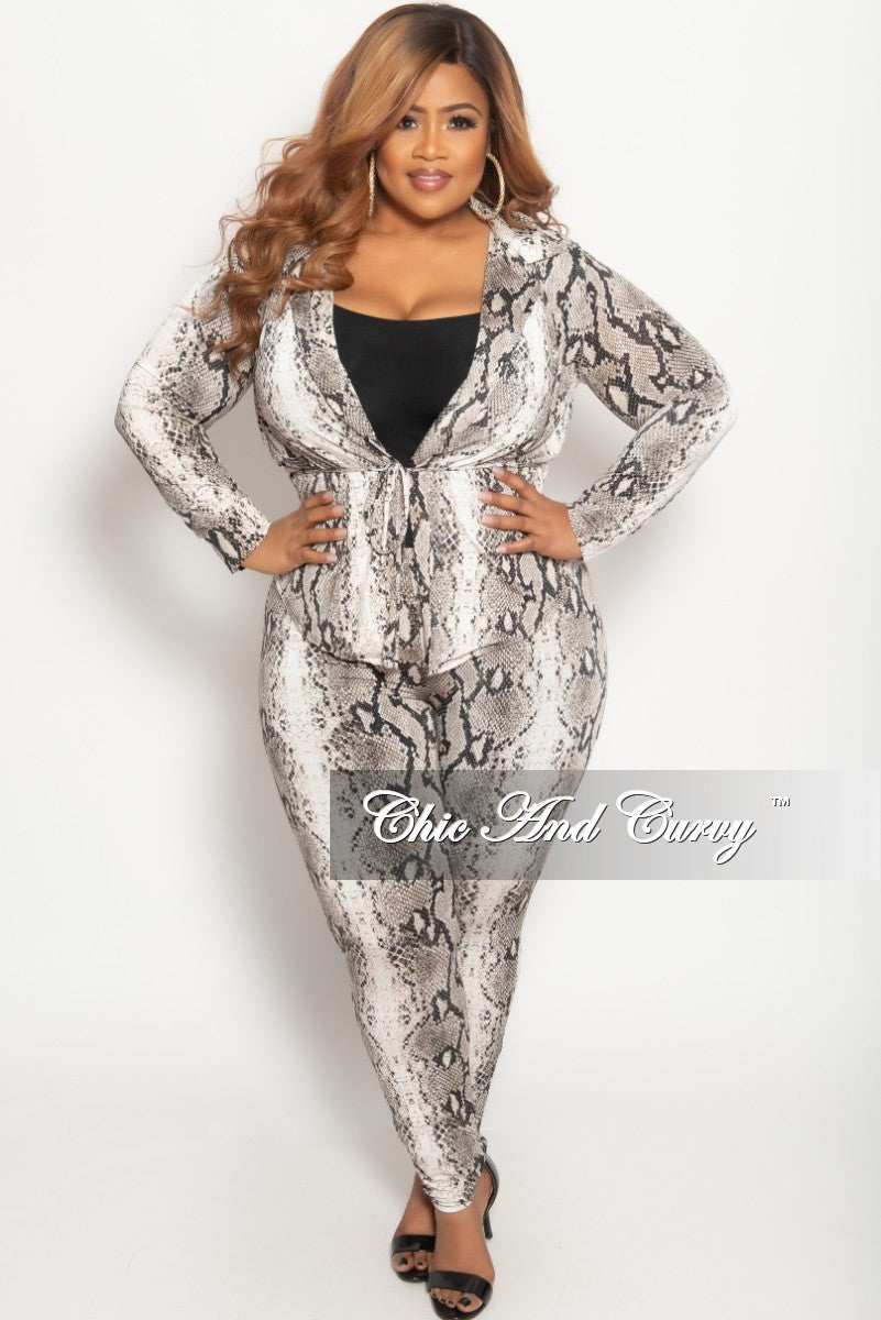 Final Sale Plus Size 2-Piece Lounge Set with Tie in Ivory and Black ...
