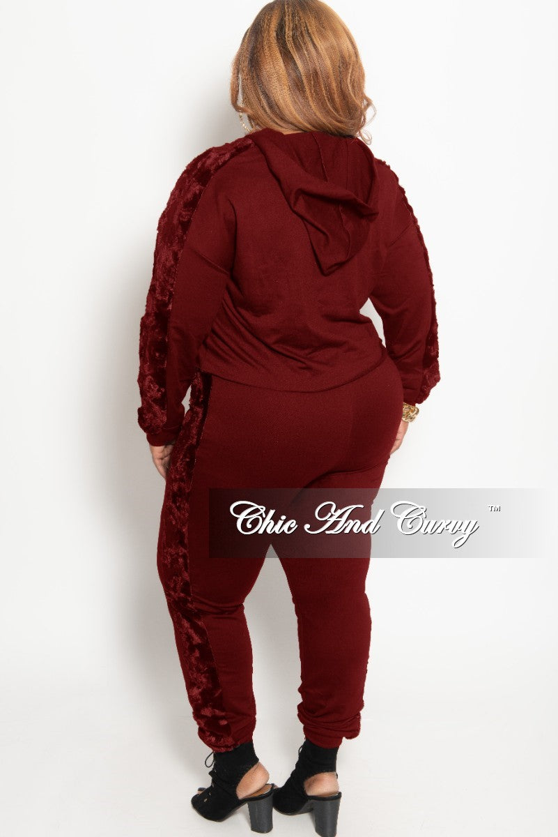 Final Sale Plus Size 2-Piece Hooded Top and Pants Set with Fur Trim In Burgundy