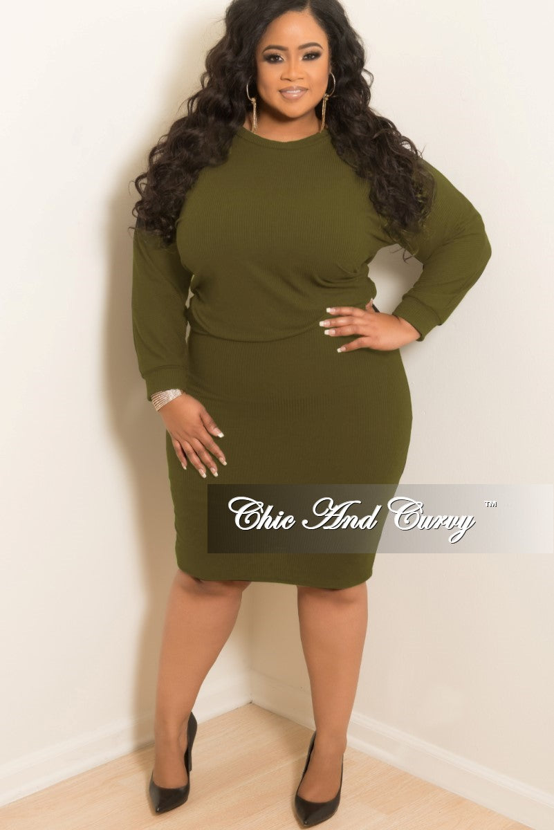 35 Off Sale Final Sale Plus Size 2 Piece Ribbed Top And Skirt Set