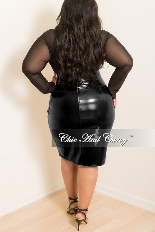 Final Sale Plus Size Patent-Leather Pencil Skirt with Silver back Zipper in Black