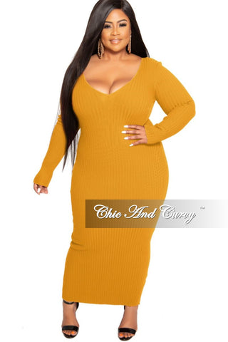 Final Sale Plus Size V-Neck Peplum Cascade BodyCon Dress in White Scuba