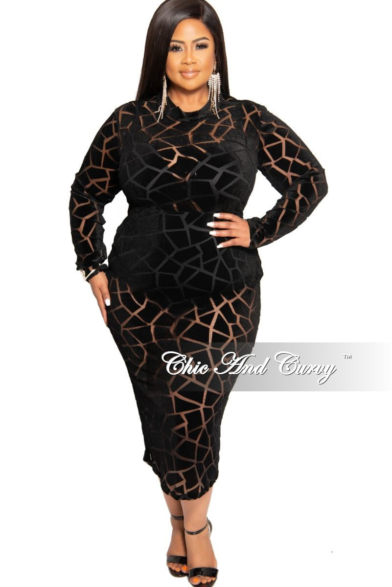 Final Sale Plus Size Velour Sheer Mesh Panel Dress in Black