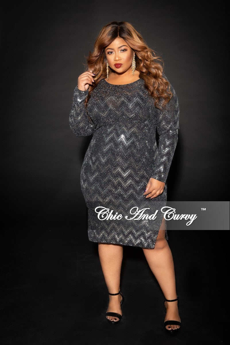 Final Sale Plus Size Long Sleeve Zig-Zag BodyCon Dress with Side Bottom Slits in Silver and Black