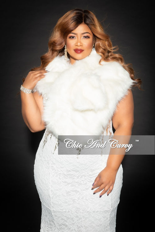 Final Sale Faux Fur Stole/Wrap in Ivory (Seasonal)