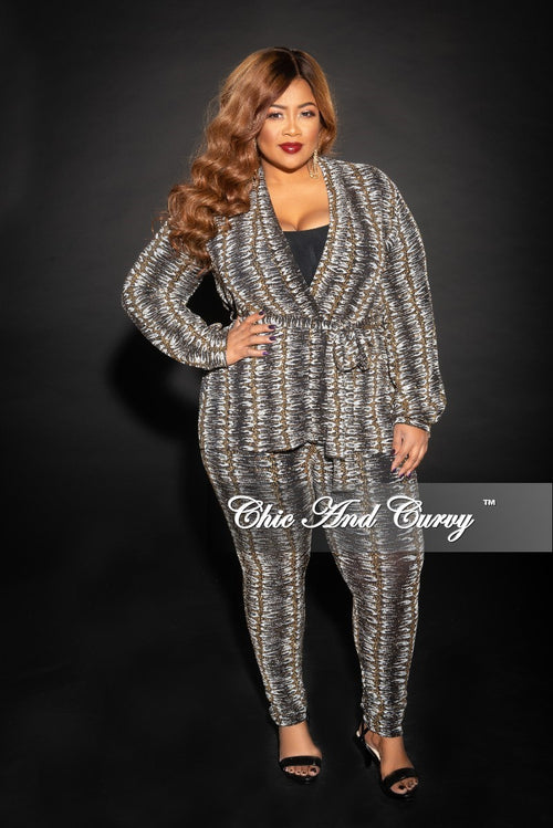 Final Sale Plus Size Glitter Jacquard 2-Piece Lounge Set with Tie in Gold, White and Black