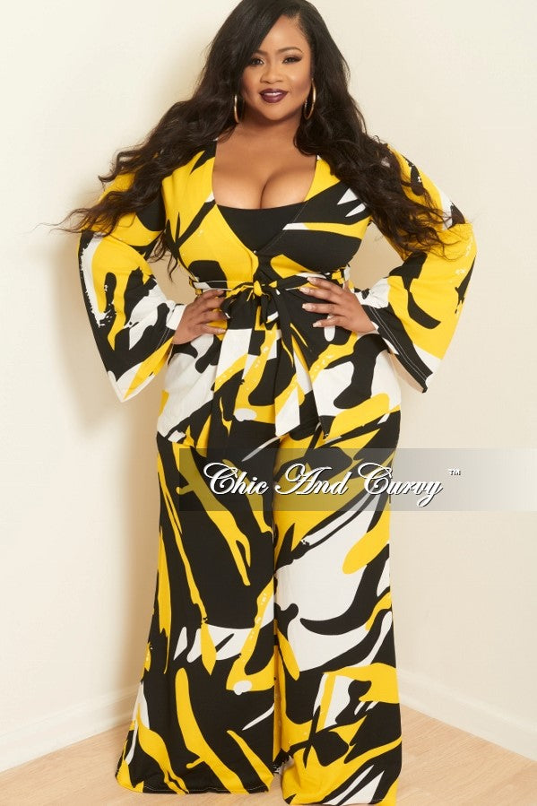 New Plus Size 2 Piece Top and Pants Set with Attached Tie in Off White, Black and Yellow