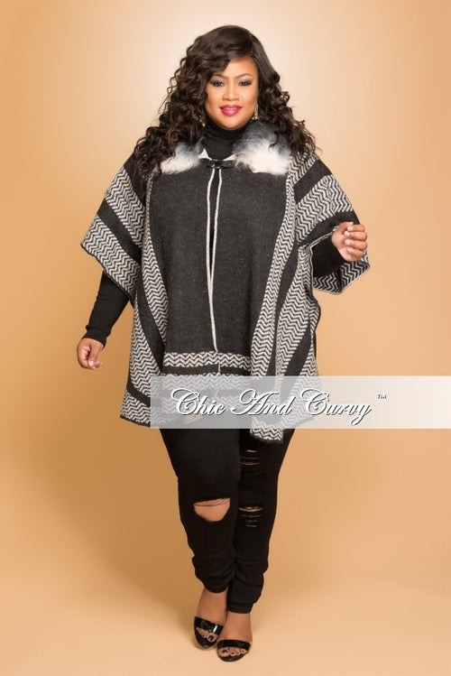 New Plus Size Coat with Faux Fur Collar in Black Line Print
