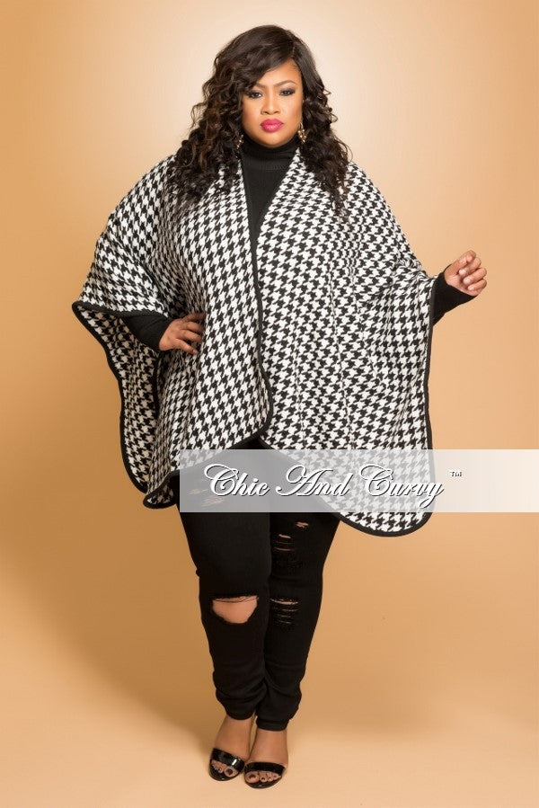 New Plus Size Shawl in Black and White Houndstooth