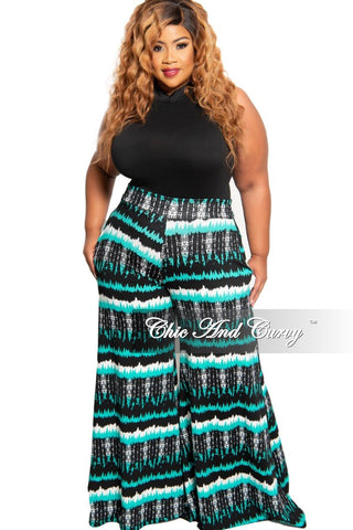Final Sale Plus Size Tank Sleeve BodyCon Dress in White and Black Color Splash News Print Design