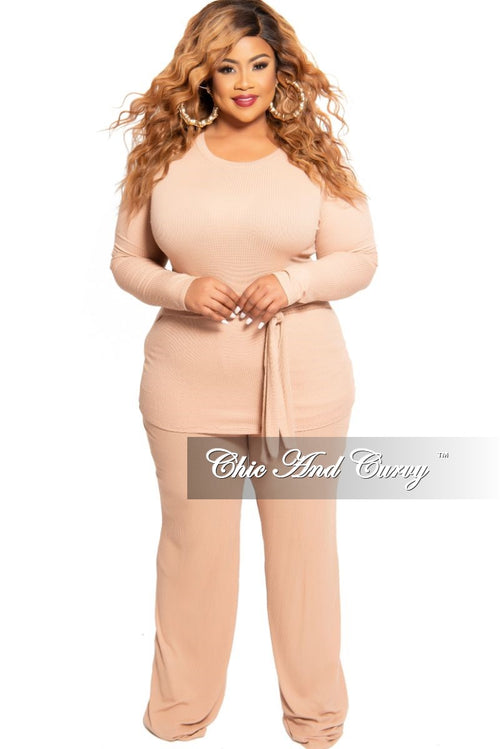 New Plus Size 2-Piece Long Sleeve Tie Top and Pants Set in Blush
