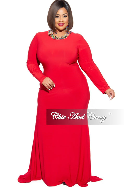 Final Sale Plus Size Exclusive Chic And Curvy Long Sleeve Mermaid Gown in Red
