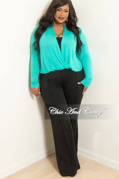 Final Sale Plus Size Long Sleeve Top w/ Twist Front in Aqua