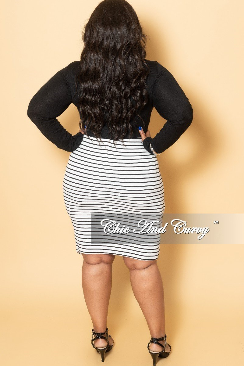 Final Sale Plus Size Multi Direction Stripe Skirt with Front Slit in White and Black