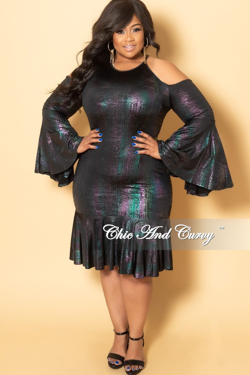 f4065f394d0d6 Final Sale Plus Size Cold Shoulder Dress with Bell Sleeves in Metallic –  Chic And Curvy