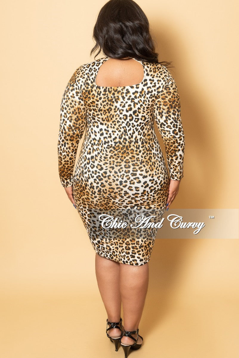 New Plus Size BodyCon Mock Neck Dress w/ Back Cutout in Light Leopard Print