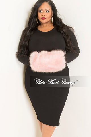 Final Sale Plus Size Vest with Faux Fur Trim in Black One Size