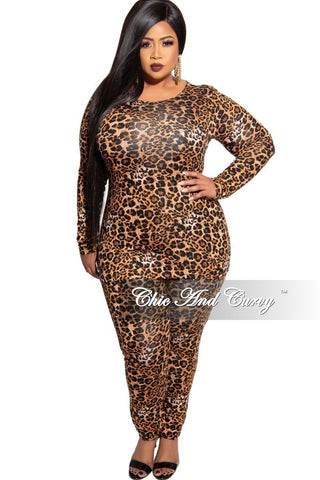 Final Sale Plus Size Color-Block Mermaid Gown in Black and White