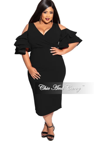 Final Sale Plus Size Final Sale Plus Size Jacquard 2-Piece Lounge Set with Tie in Silver and Black Glitter (Seasonal)