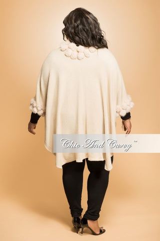 Final Sale Plus Size Poncho with Faux Fur Trimmed Collar in Cream