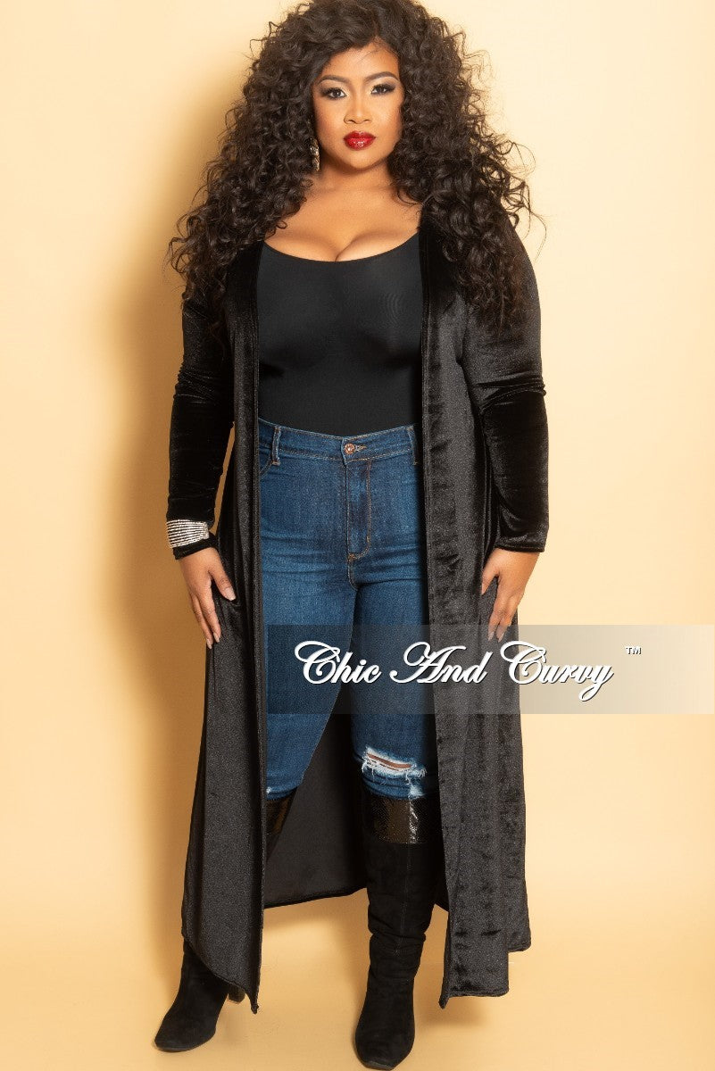 fc7e884f0 New Plus Size Velvet Long Duster in Black – Chic And Curvy