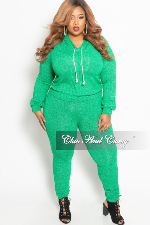 Final Sale Plus Size Pull Over Hooded Top and Pants Set in Green