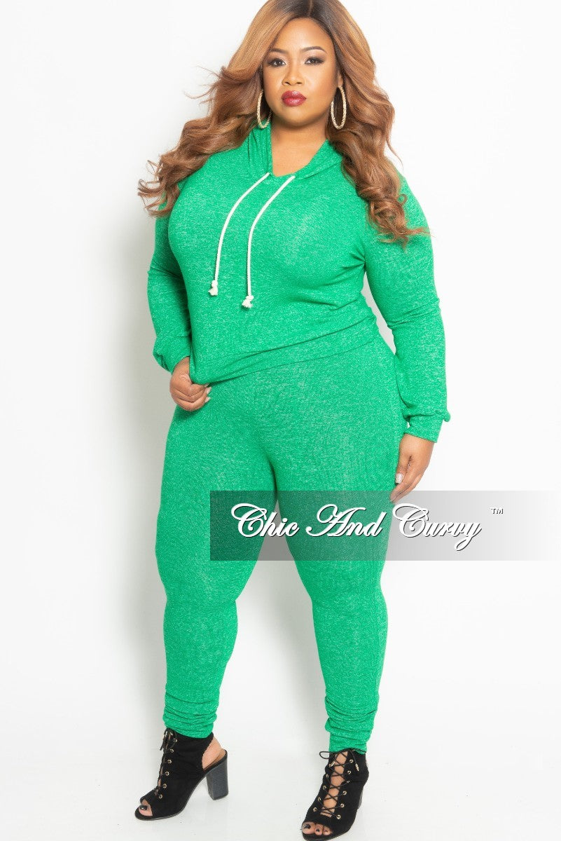New Plus Size Pull Over Hooded Top and Pants Set in Green