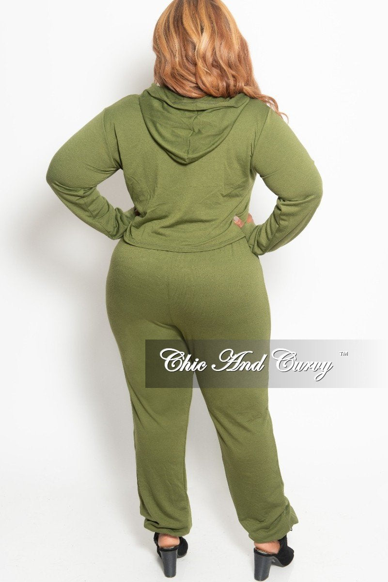 New Plus Size 2-Piece Hooded Top and Pants Set in Olive