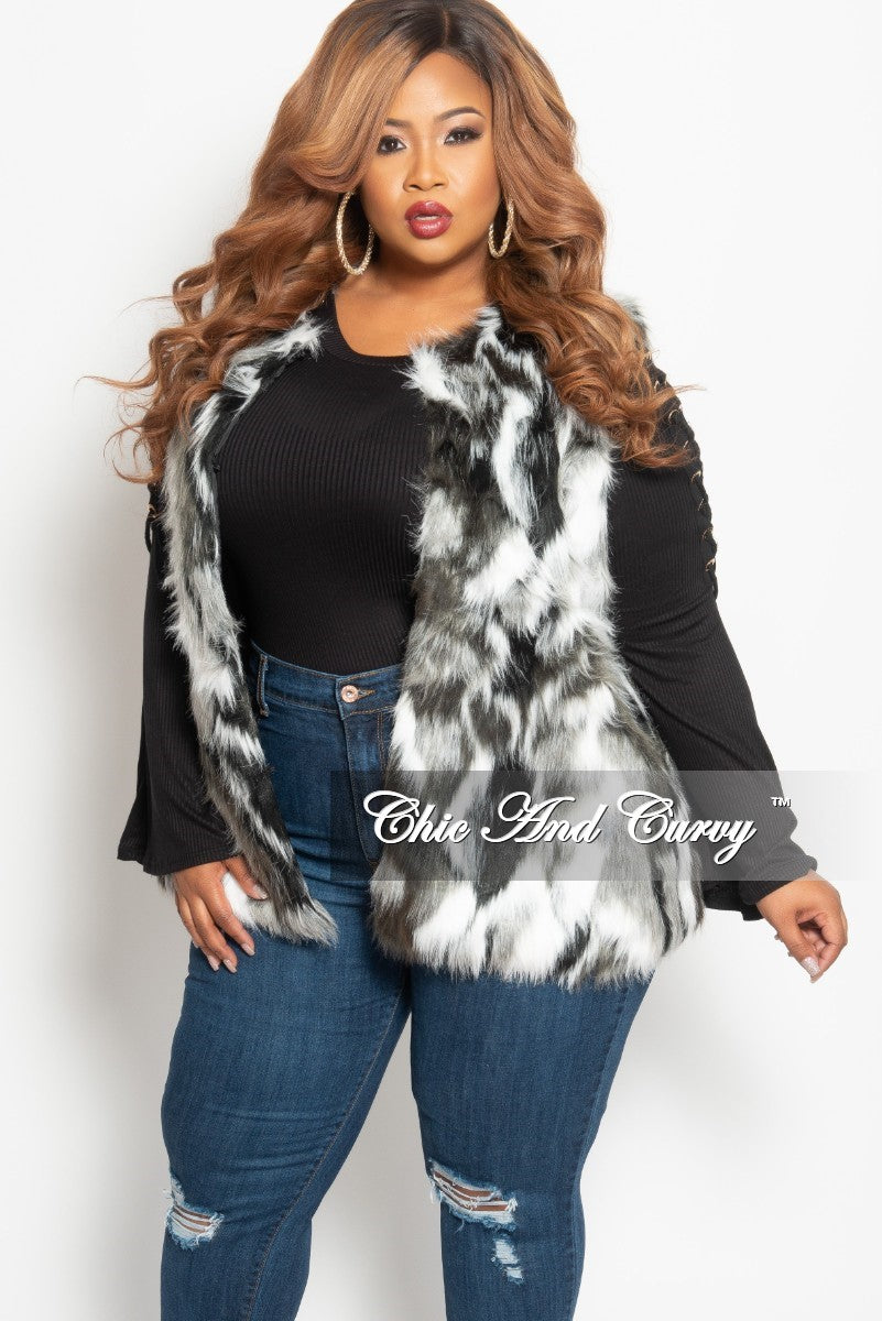 e7ba3736d Final Sale Plus Size Faux Fur Vest in White, Black and Grey One Size – Chic  And Curvy