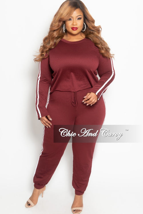New Plus Size 2-piece Jogger Set in Burgundy with White Trim