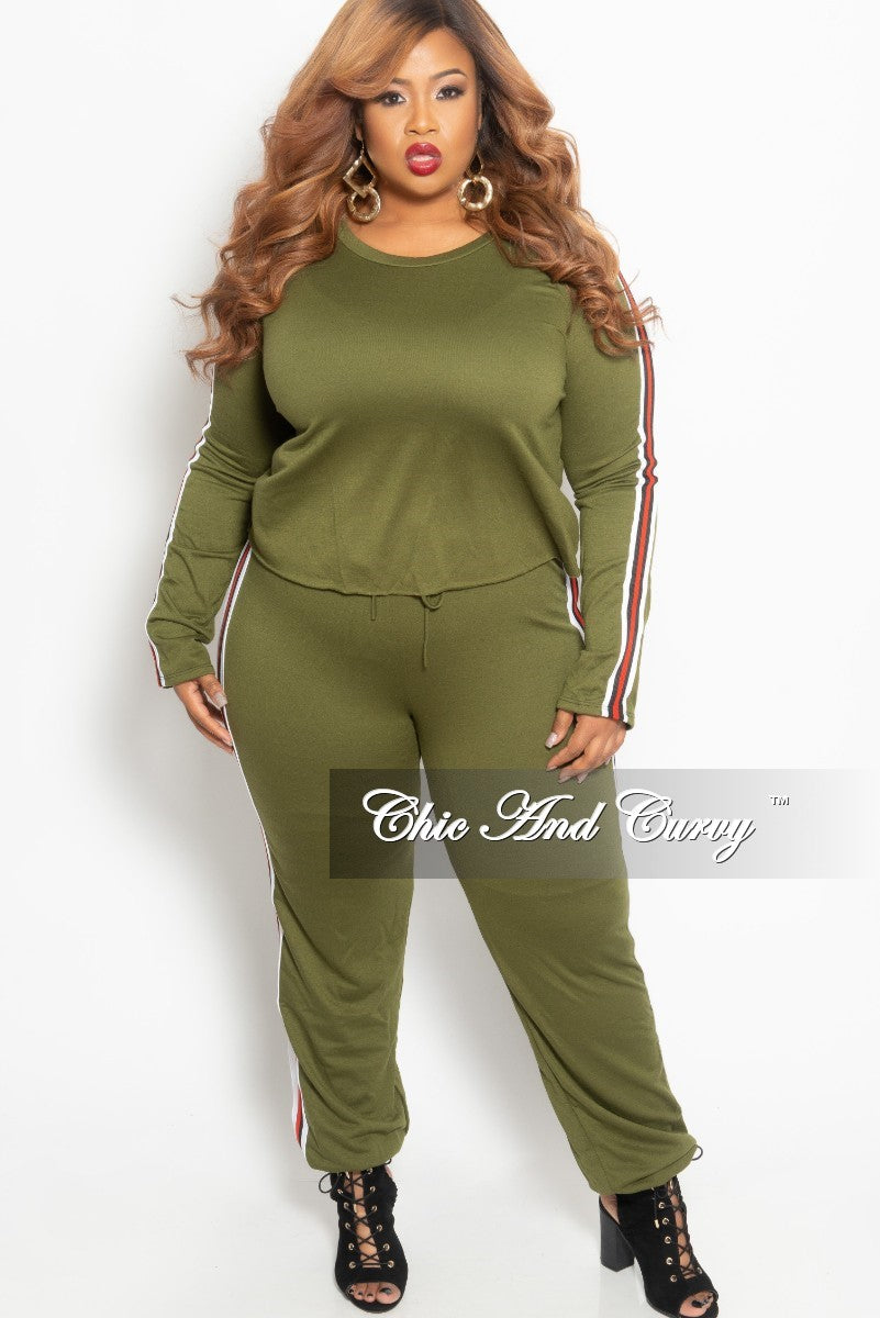 New Plus Size 2-Piece Top and Pants Set in Olive with White Black and Red Trim