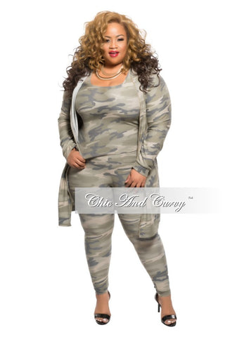 Final Sale Plus Size 3-Piece Jacket, Top and Leggings Set in Camouflage