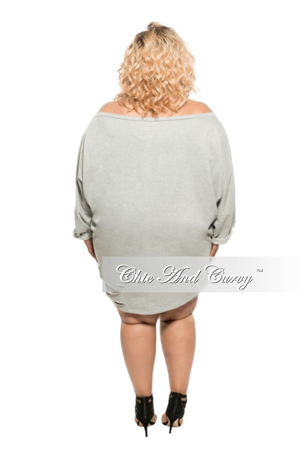 New Plus Size Short Sweater with Cutouts in Grey