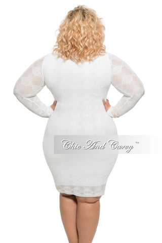 Final Sale Plus Size BodyCon with Scoop Neck in Lace in White