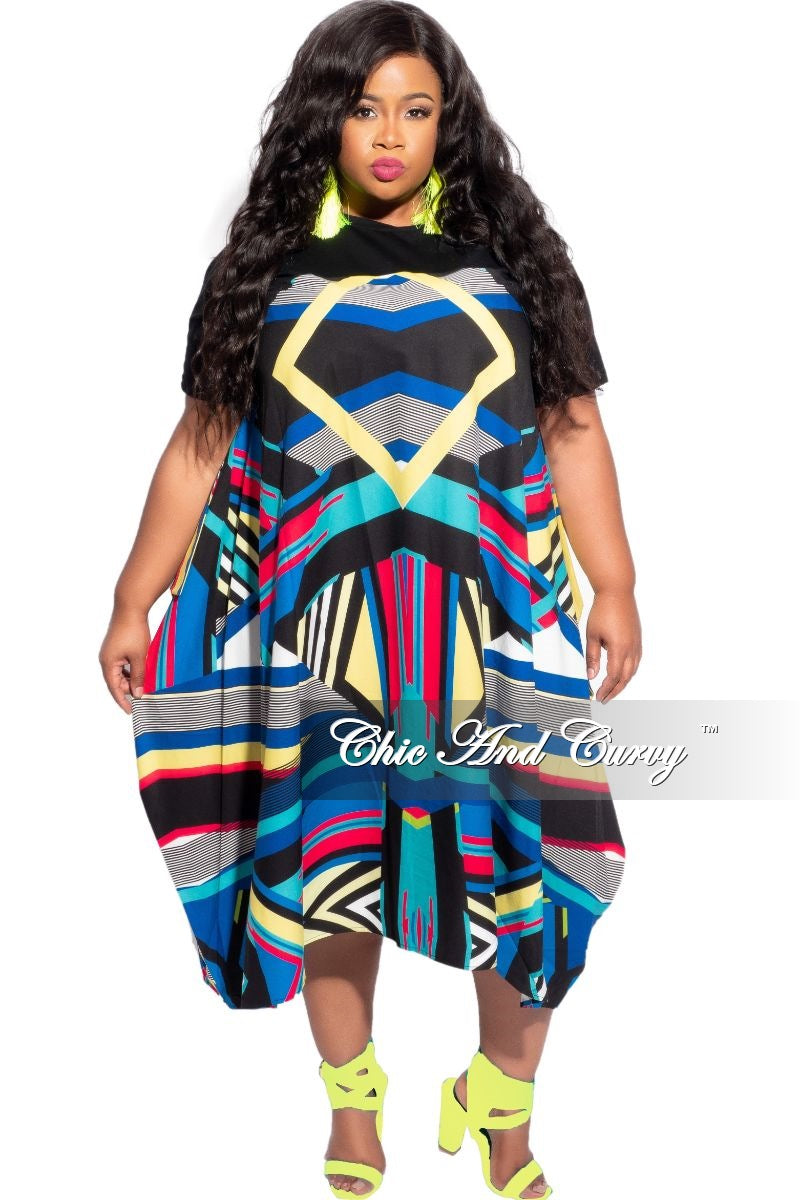 New Plus Size Retro Print Front Solid Jersey Back High Low Dress in Black Jersey top & Multi-Color Print