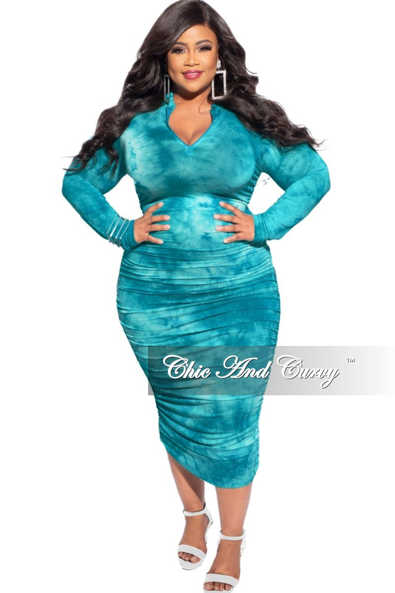 New Plus Size Ruched Sides BodyCon Midi Dress in Turquoise Cloud Print