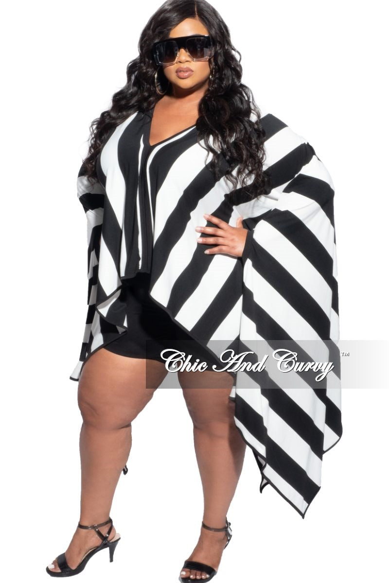Final Sale Plus Size Oversized High-Low Top in Black & White Striped Print