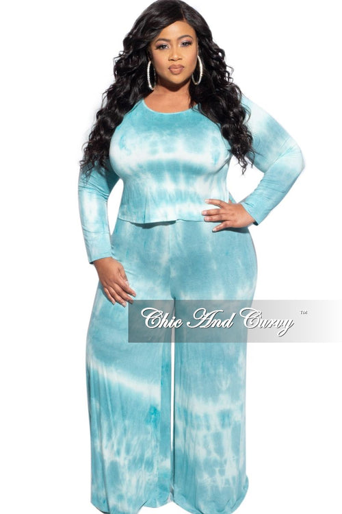New Plus Size 2-Piece Top and Pants Set in Aqua & White Tie Dye