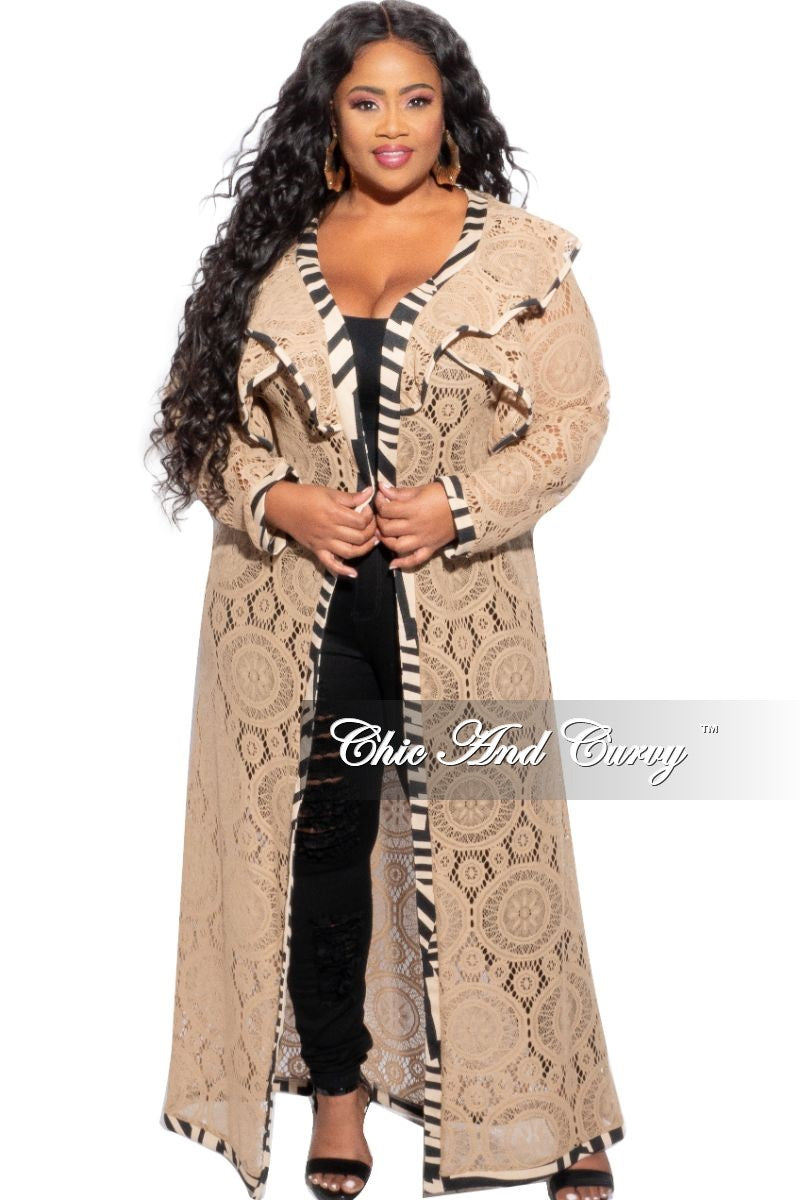 Final Sale Plus Size Lace Duster in Tan with Black & Tan Piping