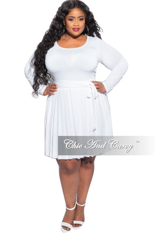 Final Sale Plus Size Chic & Curvy Breast Cancer Awareness Collar Shirt in White and pink