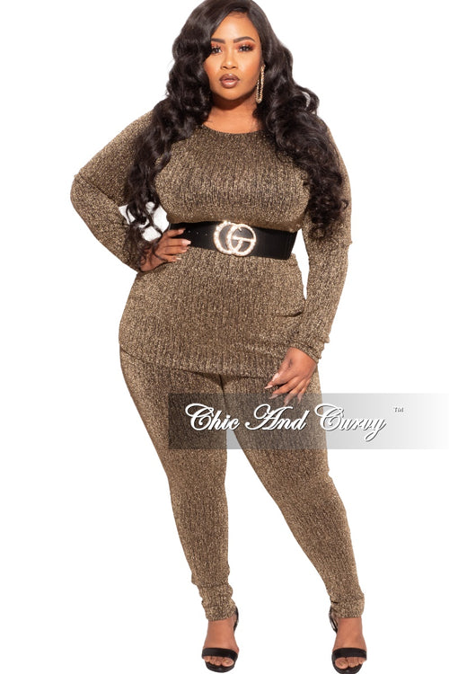 Final Sale Plus Size 2-Piece Shimmer Top and Leggings in Gold