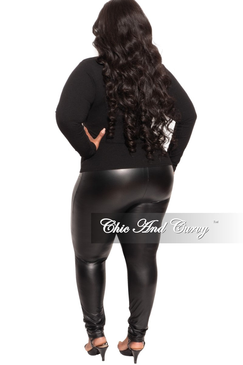 Final Sale Plus Size Top with Cut Out in Black