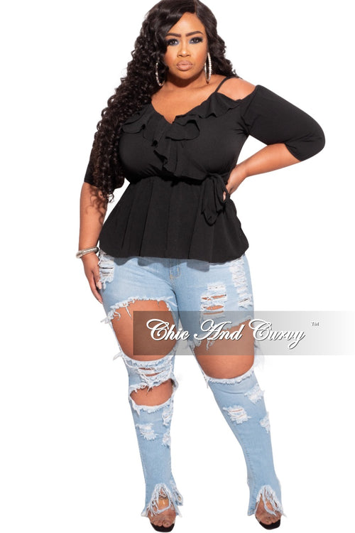 *Final Sale Plus Size Spaghetti Strap Open Shoulder Crepe Top in Black