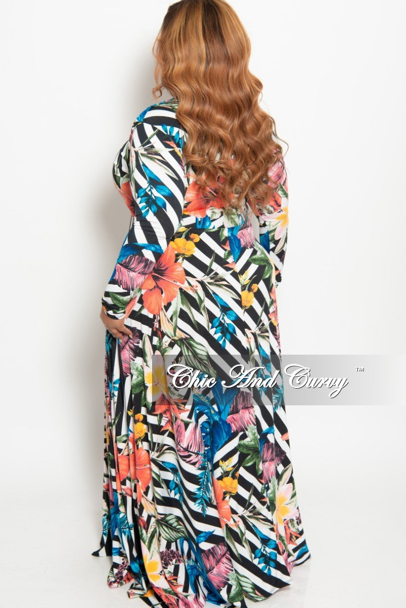 c04eb925543f8 New Plus Size Long Sleeve V-Neck Gown in Striped Multi Color Floral Print