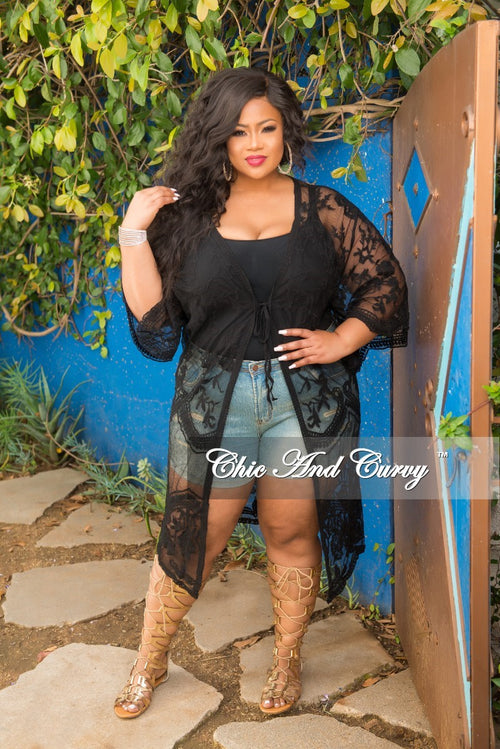 Final Sale Plus Size Sheer Floral Cover Up in Black