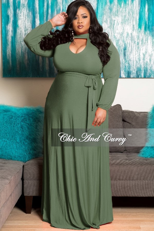 968194c882c New Plus Size Long Dress with Keyhole in Olive – Chic And Curvy