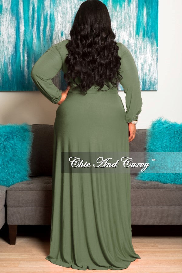 New Plus Size Long Dress with Keyhole in Olive