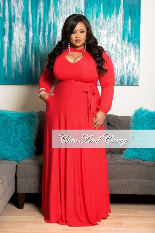New Plus Size Long Dress with Keyhole in Red