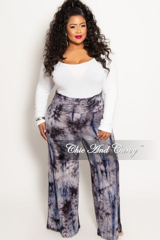 New Plus Size Jeans with Smooth Pocketless Front in Denim