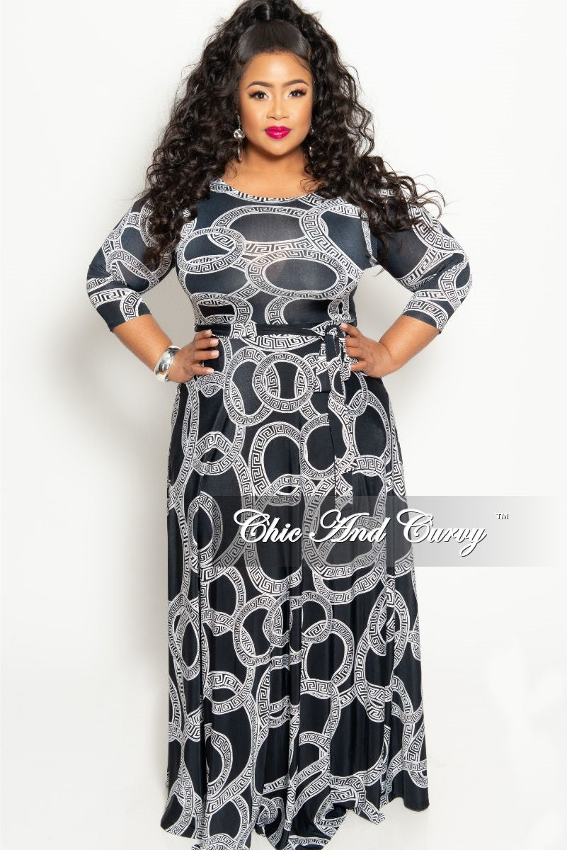 Final Sale Plus Size Long Pocket Dress with 3/4 Sleeve and Tie in Black and White Maze Print